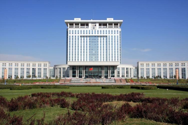 石河子政府综合大楼-1